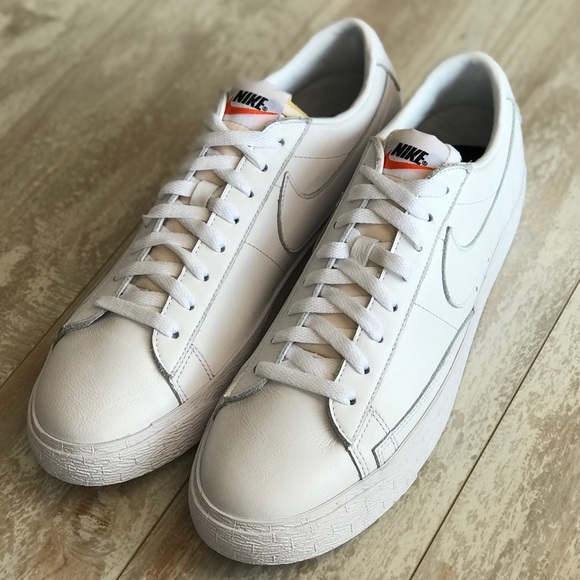finest selection 103ee 33c93 NWT Nike ID Blazer low Triple White Leather
